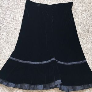 Loft Black Velvet Ruffle Bottom Skirt X2